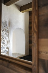 14-Détail niche Maison forte rénovée Passy Tema Architectes