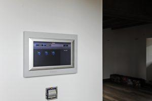 15-Ecran thermostat Maison forte rénovée Passy Tema Architectes
