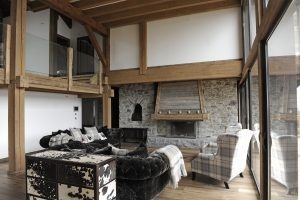 16-Salon Maison forte rénovée Passy Tema Architectes