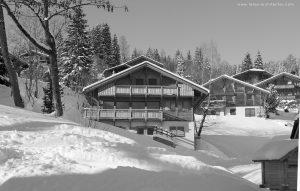 02-Extérieur neige Noir et blanc Chalet Saint-Gervais-les-Bains Tema Architectes