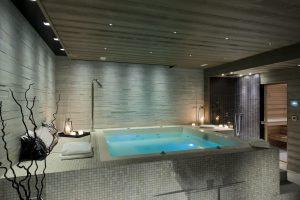 02-Jacuzzi sauna éclairés Spa wellness Megève Tema Architectes