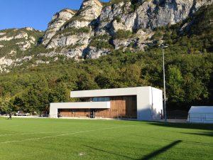 03-Extérieur jour Vestiaires Collonges-sous-Salève-Tema Architectes