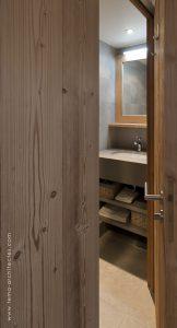 06-Entrée salle de bain Appartement Les Contamines-Montjoie - Tema Architectes