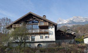 03-Extérieur jour Maison forte rénovée Passy Tema Architectes
