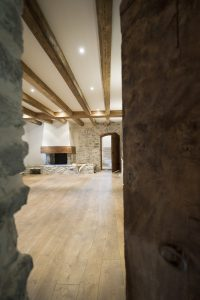06-Couloir Maison forte rénovée Passy Tema Architectes