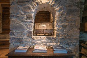 27-Détail niche Maison forte rénovée Passy Tema Architectes