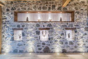 30-Détail mur Maison forte rénovée Passy Tema Architectes