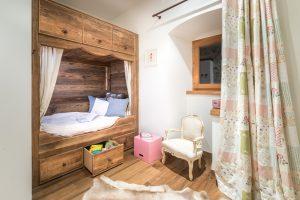 44-Chambre enfant Maison forte rénovée Passy Tema Architectes