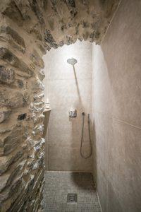 45-Douche Maison forte rénovée Passy Tema Architectes