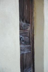 46-Porte d'entrée Maison forte rénovée Passy Tema Architectes