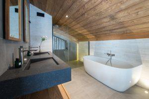 Elia-Kuhn-salle de bain-2 Chalet Saint-Nicolas de Véroce