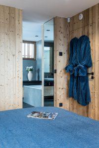 Elia-kuhn-Chambre et salle de bain-3-chalet Saint-Gervais les Bains