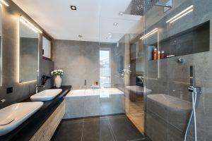 Elia-kuhn-Chambre et salle de bain-5-chalet Saint-Gervais les Bains