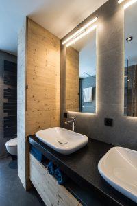 Elia-kuhn-Chambre et salle de bain-7-chalet Saint-Gervais les Bains
