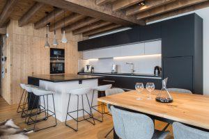 Elia-kuhn-Cuisine et salon-3-chalet Saint-Gervais les Bains